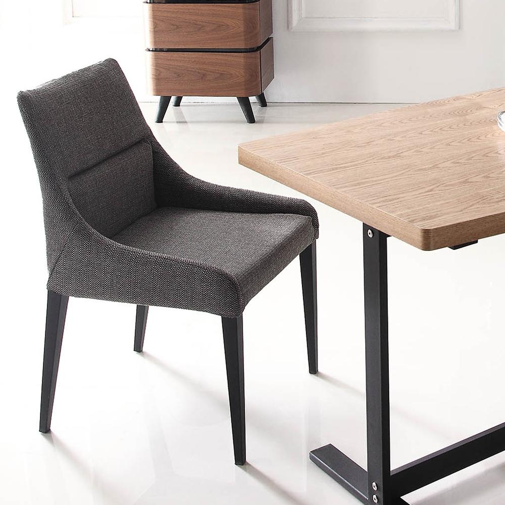 史翠姆布餐椅